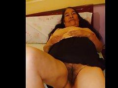 סבתא קולומביאני הלטינית אמה